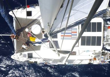 Après de longues recherches, Greg a finalement opté pour la location de ce Catana 431 de 2006 entièrement remis à neuf pour son tour de l'Atlantique...