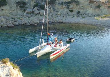 Naviguer autrement et partir loin : En transportable ou avec une formule en gestion-location ?