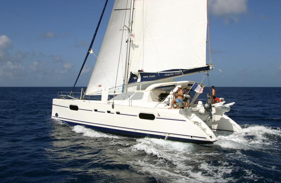 Catamaran d'occasion
