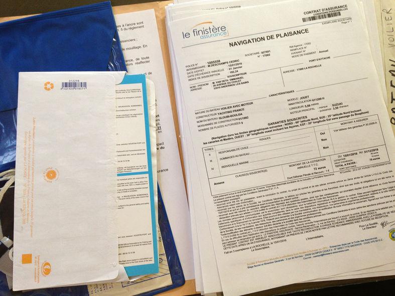Papiers et assurances du bateau