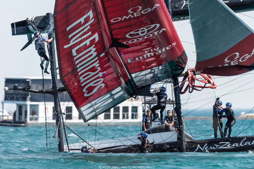 Accident America's Cup