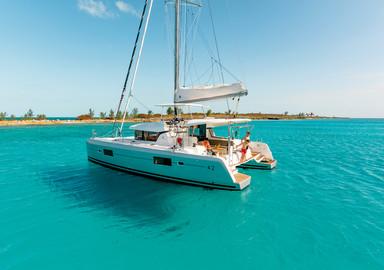 Une eau d'une couleur incroyable, un catamaran récent : vous voici à pied d