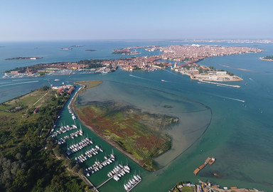 Venise avec son bateau