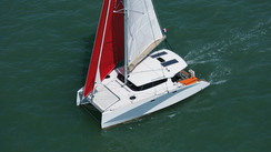 AVENTURA 33 Cata familial design et compact