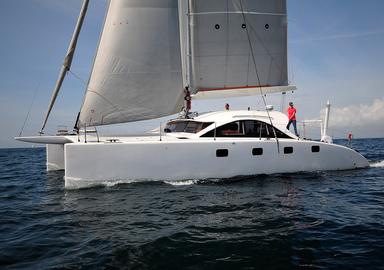Essai  du catamaran Class 4 d'O Yachts en vidéo