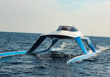 GLIDER YACHTS S18  Le yacht de James Bond